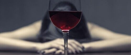 алкоголизм у женщин фото