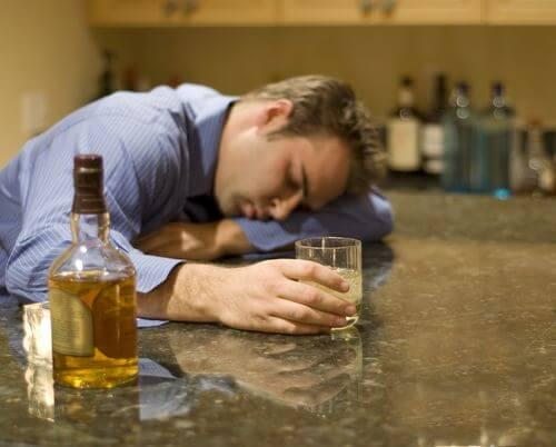 отравление алкоголем фото